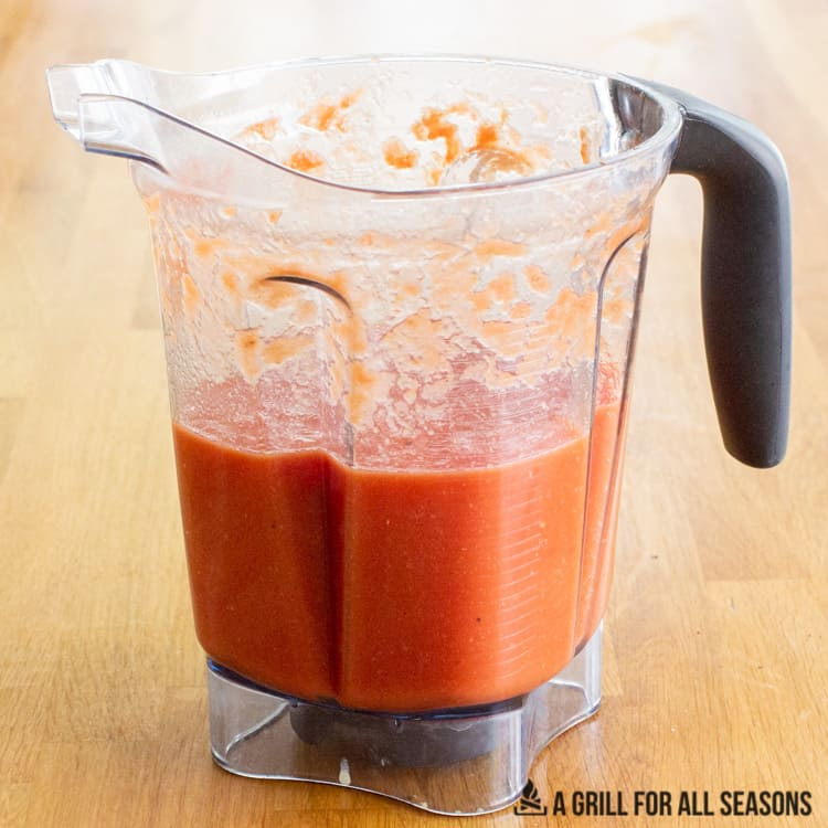 Smoked tomato sauce in the blender.